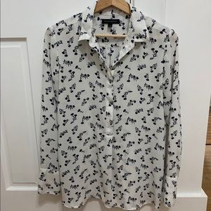 Banana Republic pretty blouse with flowers